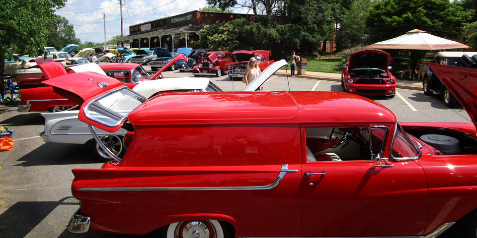 Classic Cars on the Square